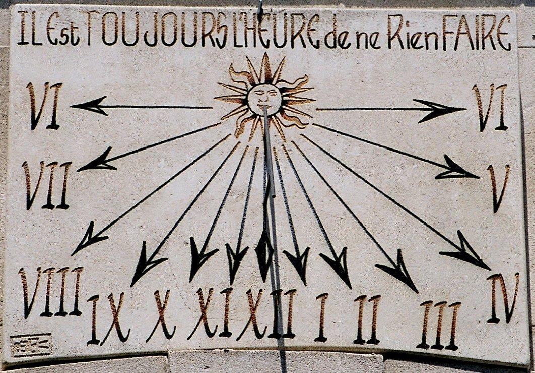 Présentation de Chuna56 - Page 6 Saint-remy-de-provence-cadran-solaire