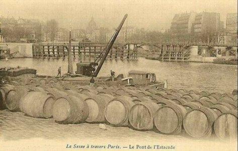 carte postale estacade vue quai aux vins