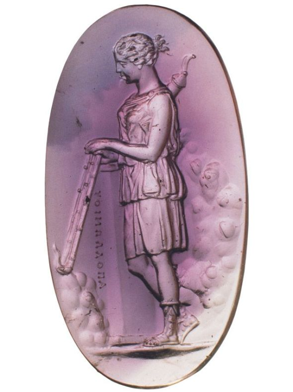 Artemis with torches Amethyst. Second half of the 1st century B.C. By the engraver Apollonios