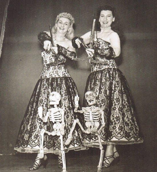 1950 ca Danse macabre