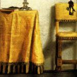 Pantoufles_table_chaise