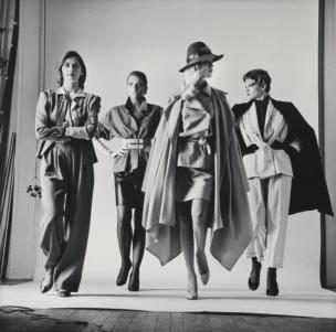 Sie kommen (Naked and Dressed) Helmut Newton, 1981 dressed