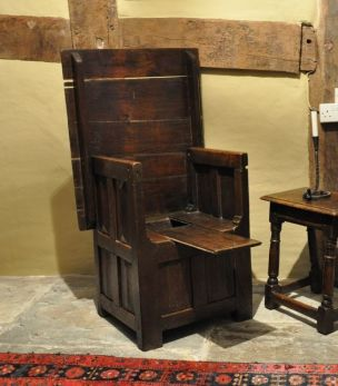 TABLE CHAIR. ENGLISH. CIRCA 1490