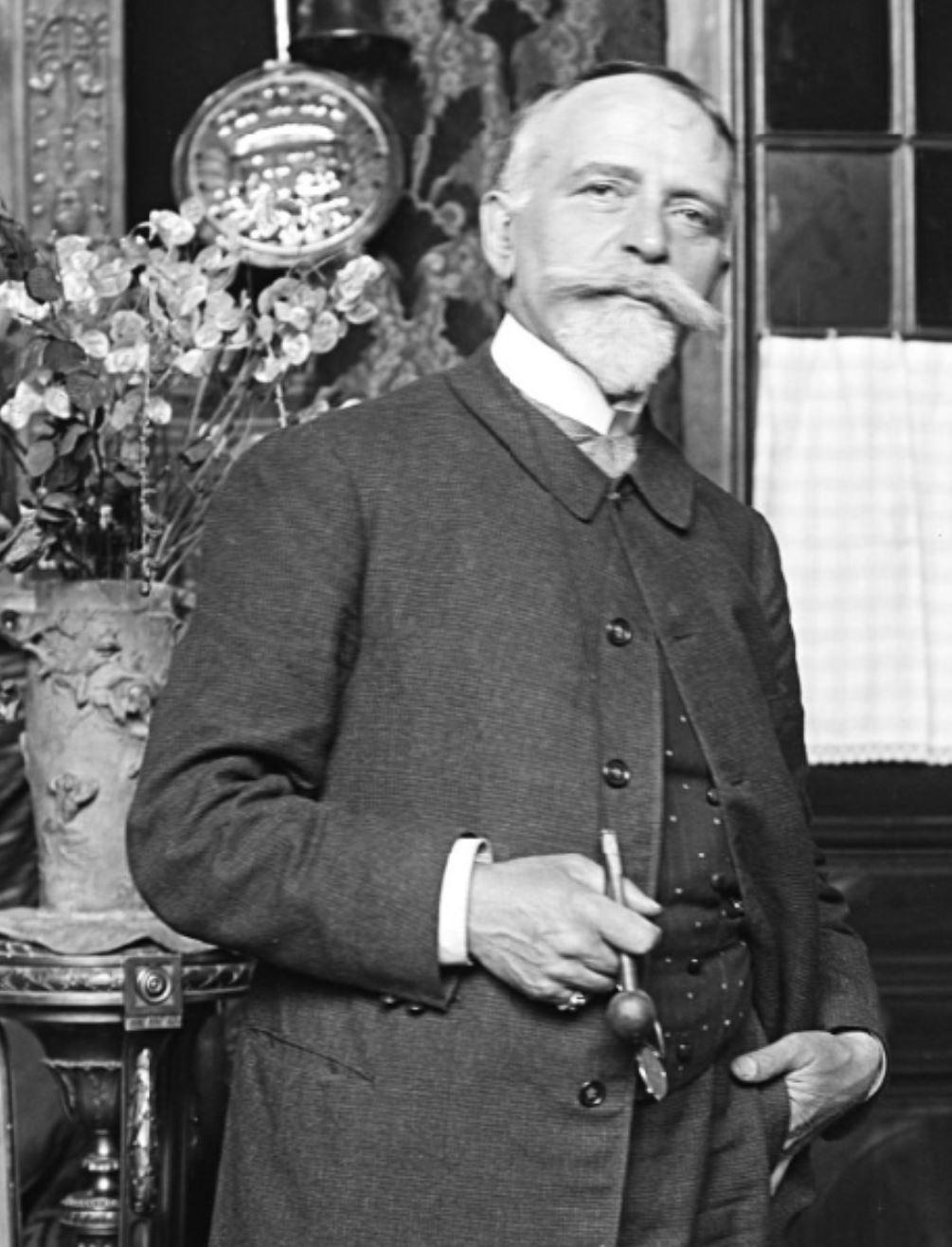 Pierre Carrier-Belleuse 1907 gallica