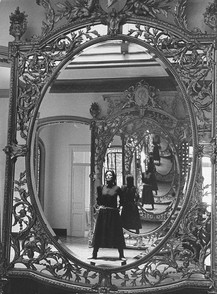 Maria Felix par Allan Grant 1960