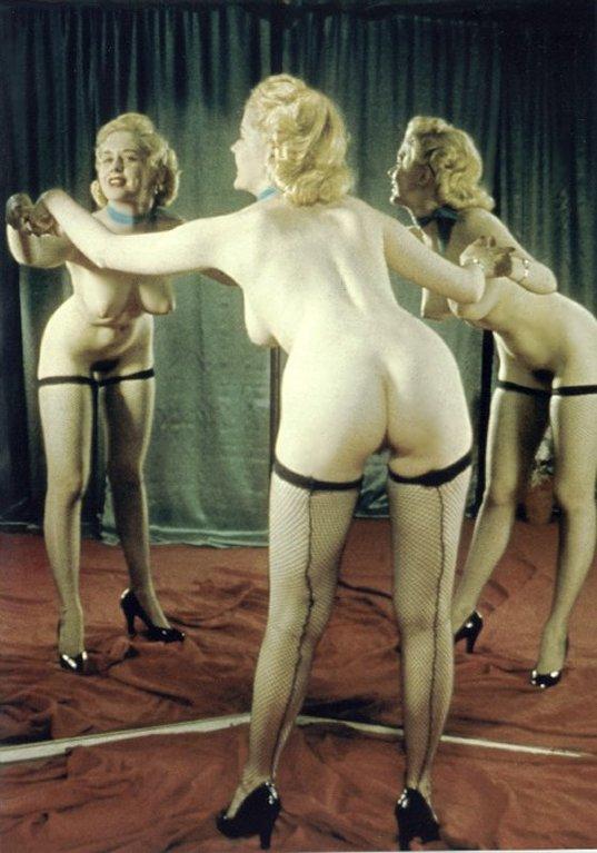 Nu au miroir années 1950