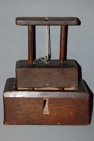 c18th-wooden-mousetrap