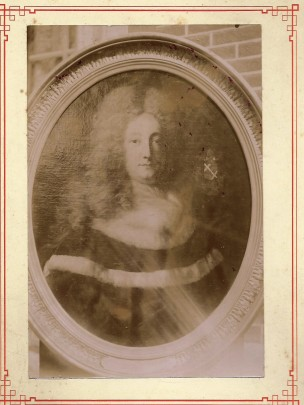 1669-1733 Jean Antoine Duvidal Portrait en robe coll Gladysz