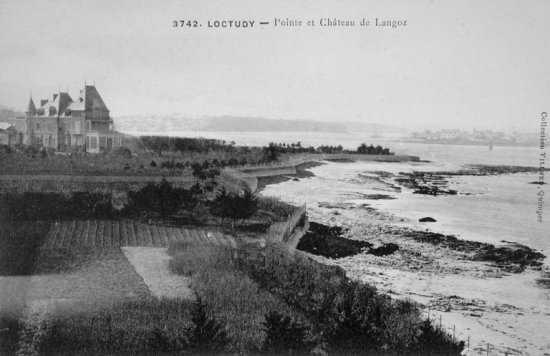Chateau de Langoz pres de Loctudy
