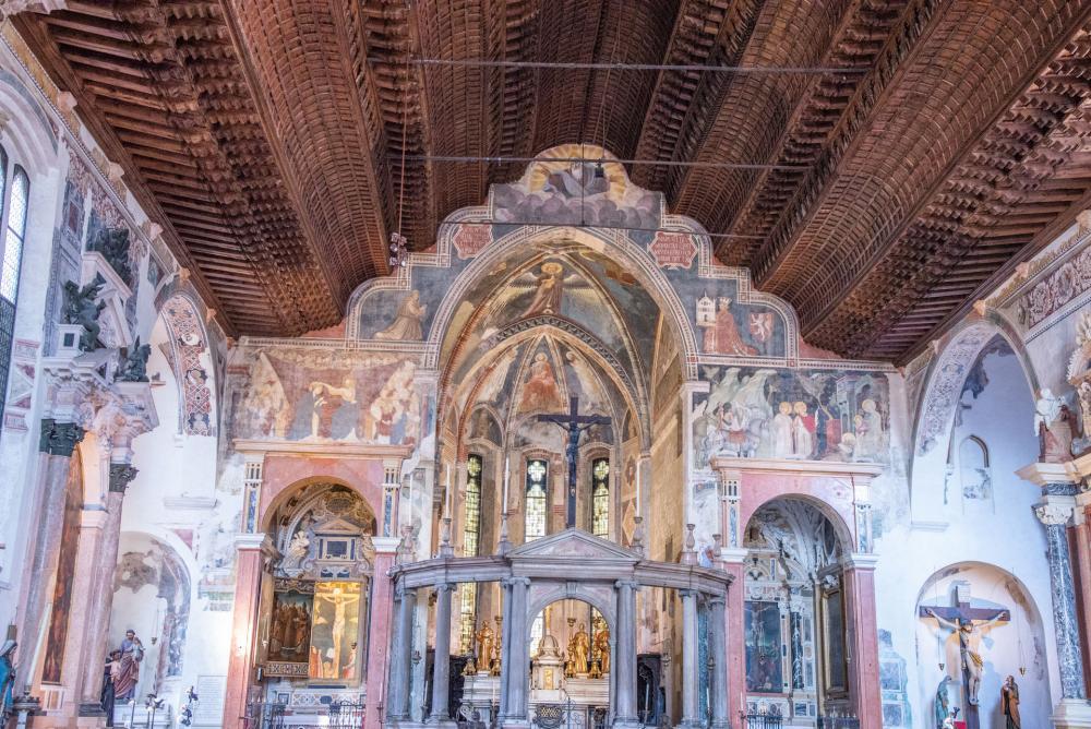 1320 ca Guglielmo di Castelbarco offre au prieur Daniele Gusnerio San Fermo Maggiore Verone