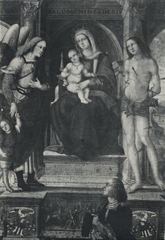 1497 - 1518 Nardini Girolamo, Madonna con Bambino in trono, san Raffaele Arcangelo, san Sebastiano e il donatore detruit