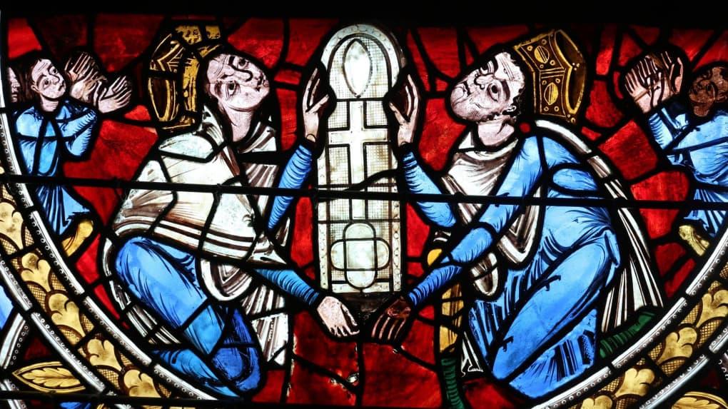 Alienor d'Aquitaine Henri II Plantagenet. 4 enfant vitrail de la Crucifixion 1161-73 cathedrale de Poitiers
