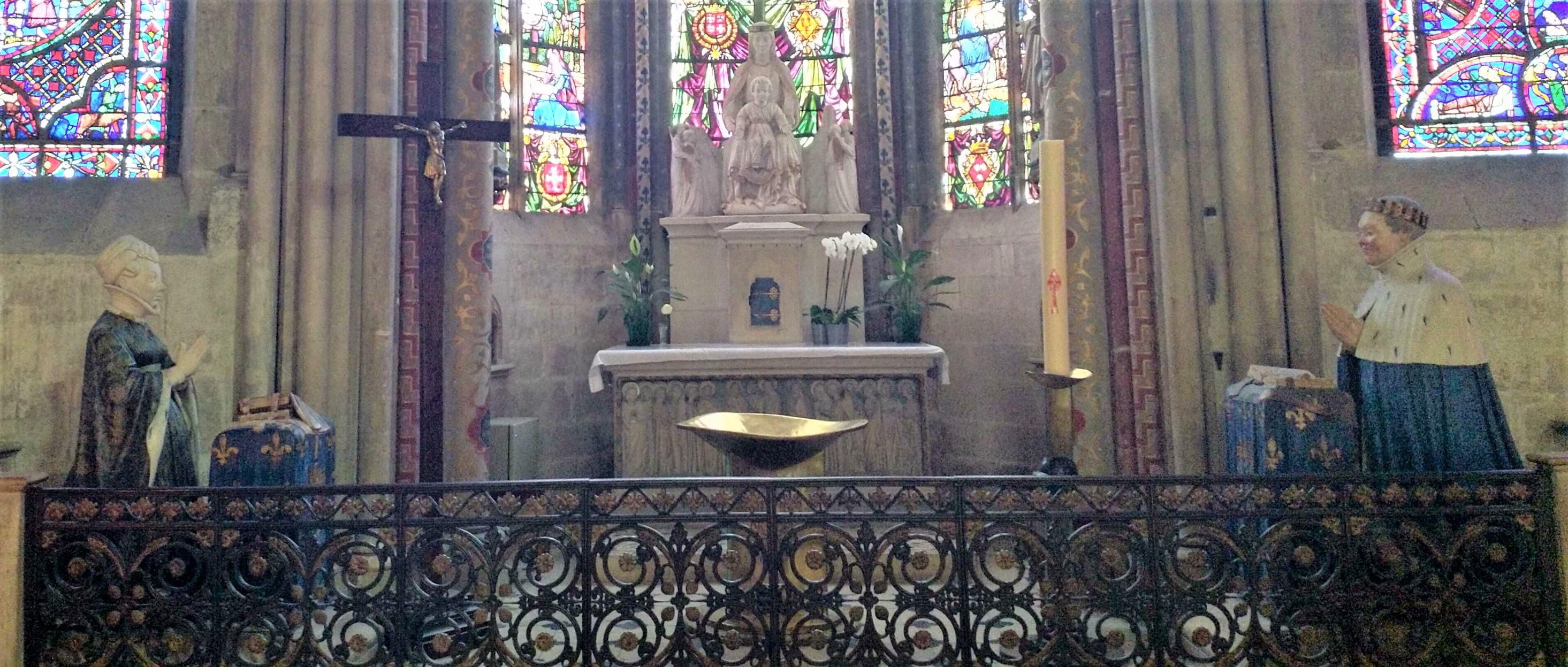 Jeanne de Bretagne et Jean du Berry priant Notre Dame, cathedrale de Bourges