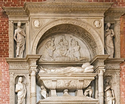 1481-1485 monument of the Doge Nicolo Marcello by Pietro Lombardo Zanipolo Venise