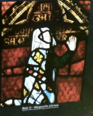 010 1301-10 Marguerite d'Artois