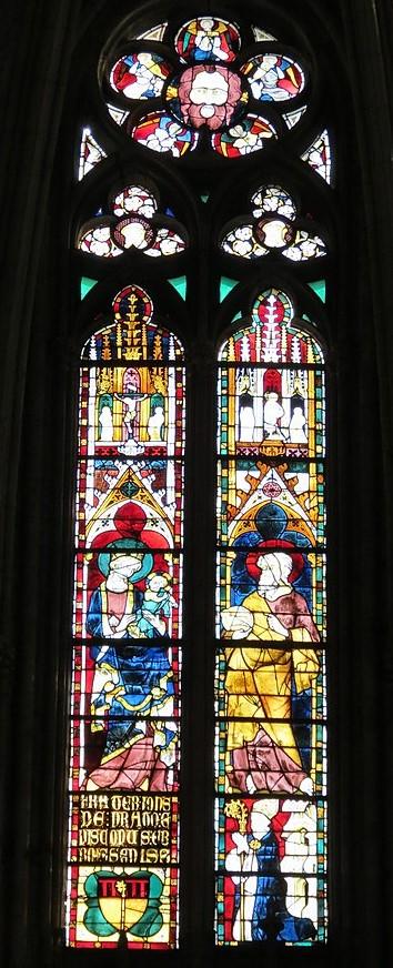 200 1328-33 Eveque Jean du Prat Evreux