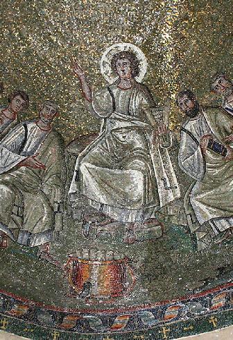 370-400 Traditio Legis - Particolare del mosaico della cupola del Cappelle di Sant'Aquilino Basilica di San Lorenzo Maggiore in Milan