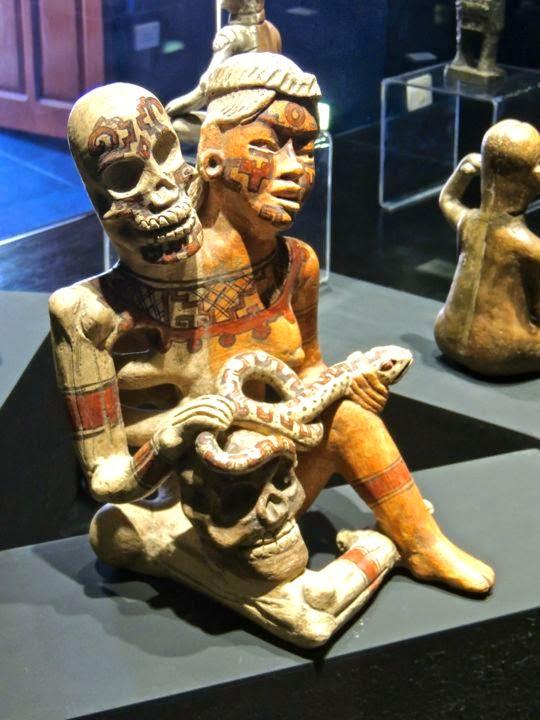 Culture olmeque Figure double Museo Nacional de la Muerte Aguascalientes