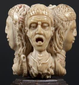 Musee Thomas Dobree Nantes 4 old woman JAM MORTHEM or DAM MORTHEM