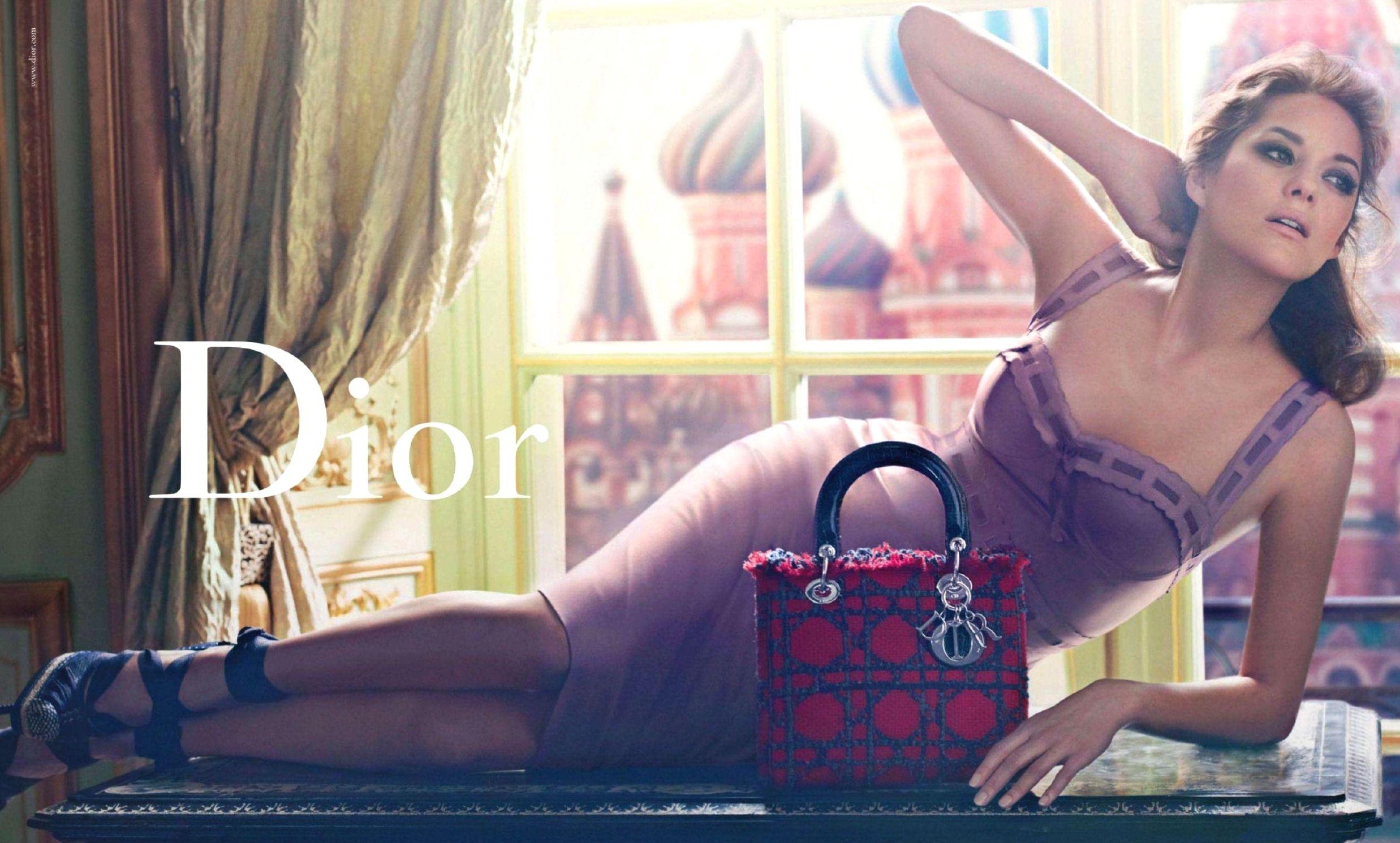 Dior E 2011 Marion Cotillard Moscou St Basile Craig McDean