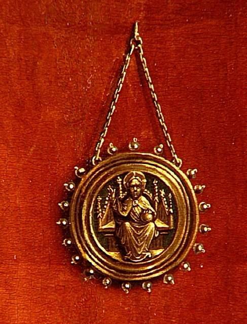 van der weyden 1434 ca annonciation Louvre medaillon Fils (C) RMN-Grand Palais Gérard Blot
