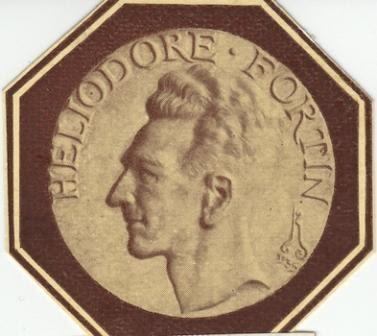 1935 Heliodore Fortin Stele Cimetiere de Pantin Madaillon